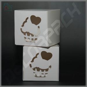 Коробка для капкейка 1 шт. 84*84*90 мм (c окном капкейк)