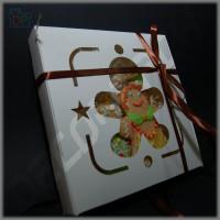 Коробка для пряников и печенья (c окном Gingerbread, белая) 170*170*30 мм