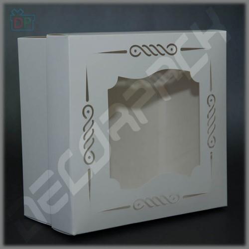 Коробка для торта с окном (фигурный вырез) 200*200*100 мм