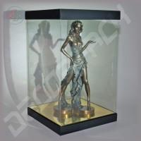 Коробка-аквариум для упаковки подарков 200*200*300 мм черная