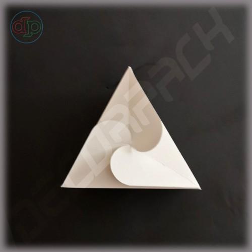 Бонбоньерка 100*100*100*80 мм  (треугольник)