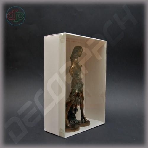 Коробка  300*200*100 мм  с наружной пластиковой крышкой