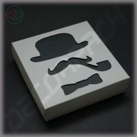 Коробка 150*150*50 мм (истинный джентльмен, черно-белый)