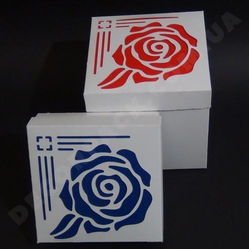 Красивая коробка для упаковки подарков 150*150*150 мм с окном Rose