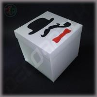 Коробка 150*150*150 мм (истинный джентльмен, черно-белый)