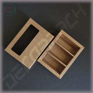 Коробка  141(121)*104(84)*33 мм с подложкой шириной 5 мм под 2 / 3 изделия