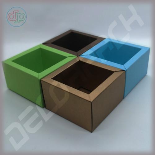 Коробка, внутренний размер  60*60*50 мм