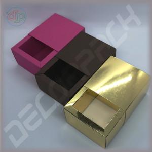 Коробка-слайдер 80(60)*80(60)*50 мм