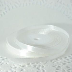 Лента атласная белая (ширина - 6 мм)